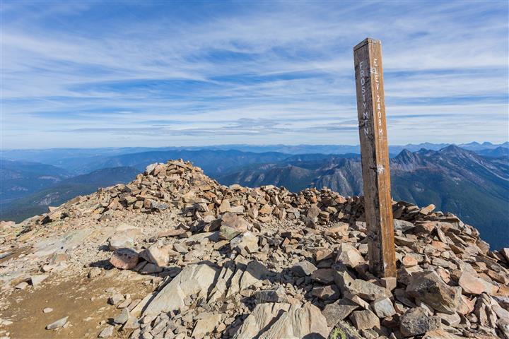 Summit marker
